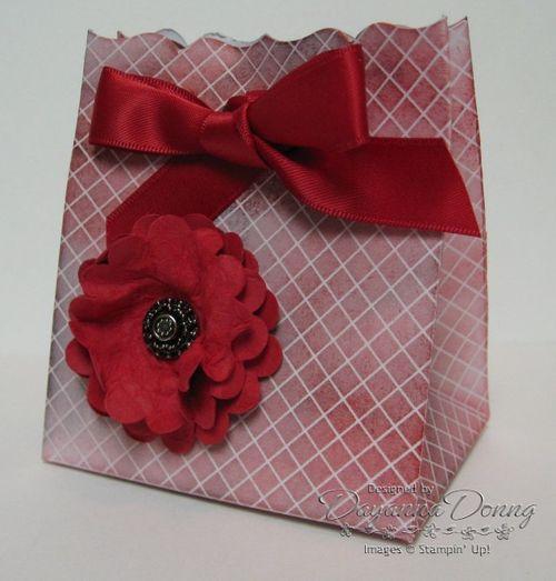 Red Presto Favour Box