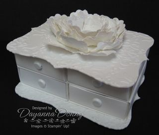 Top Note Vintage White Drawers
